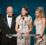 Ledger's family accept his posthumous Oscar
